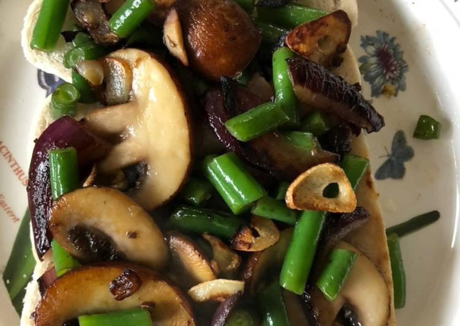 Sautéed French Bean & Mushroom Sandwich
