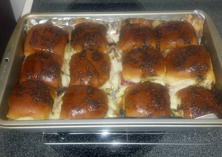 Glazed hot ham or turkey sandwiches