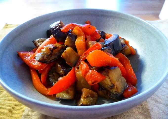 Rezept Um Jamie Oliver Gebratene Aubergine und Paprika mit Miso zu machen
