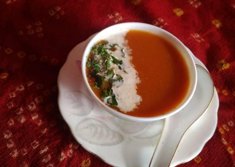 Date tomato soup