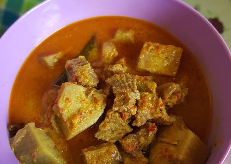 Gulai nangka muda (tewel)