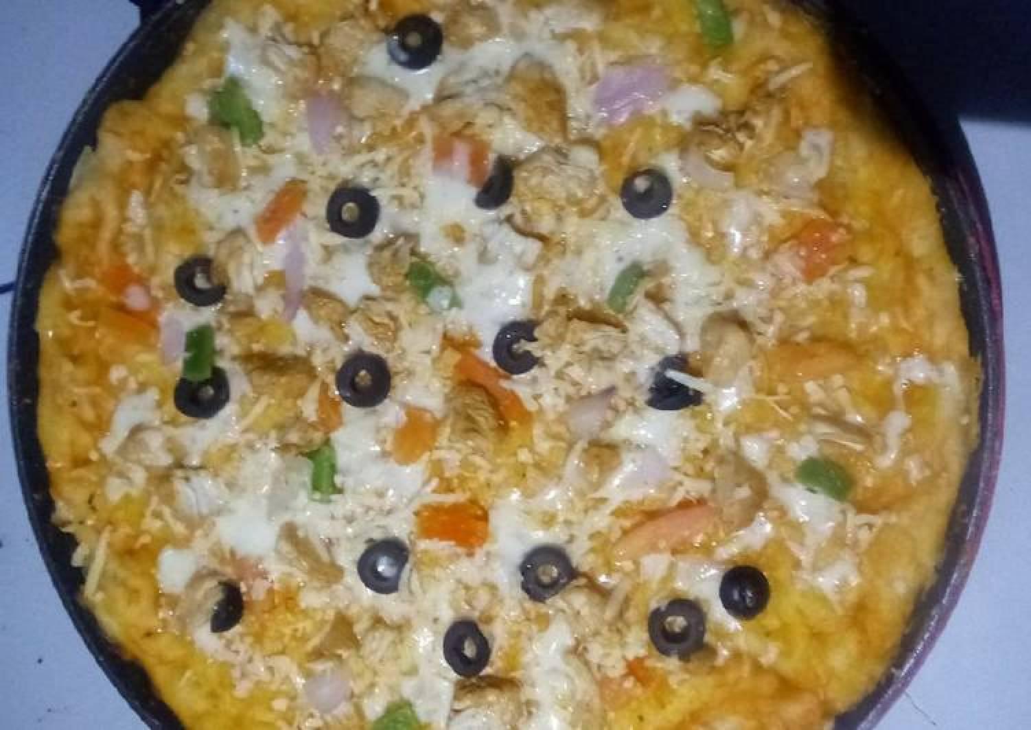 Homemade Chicken Tikka Pizza