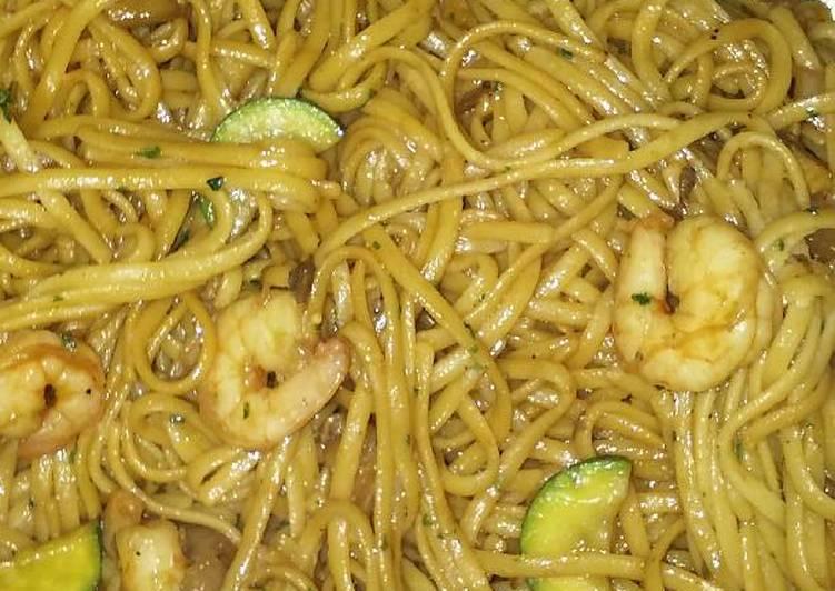 Thai Noodles with Shrimp