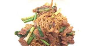 Stir Fry Somen With Lamb In Spicy Dark Sauce