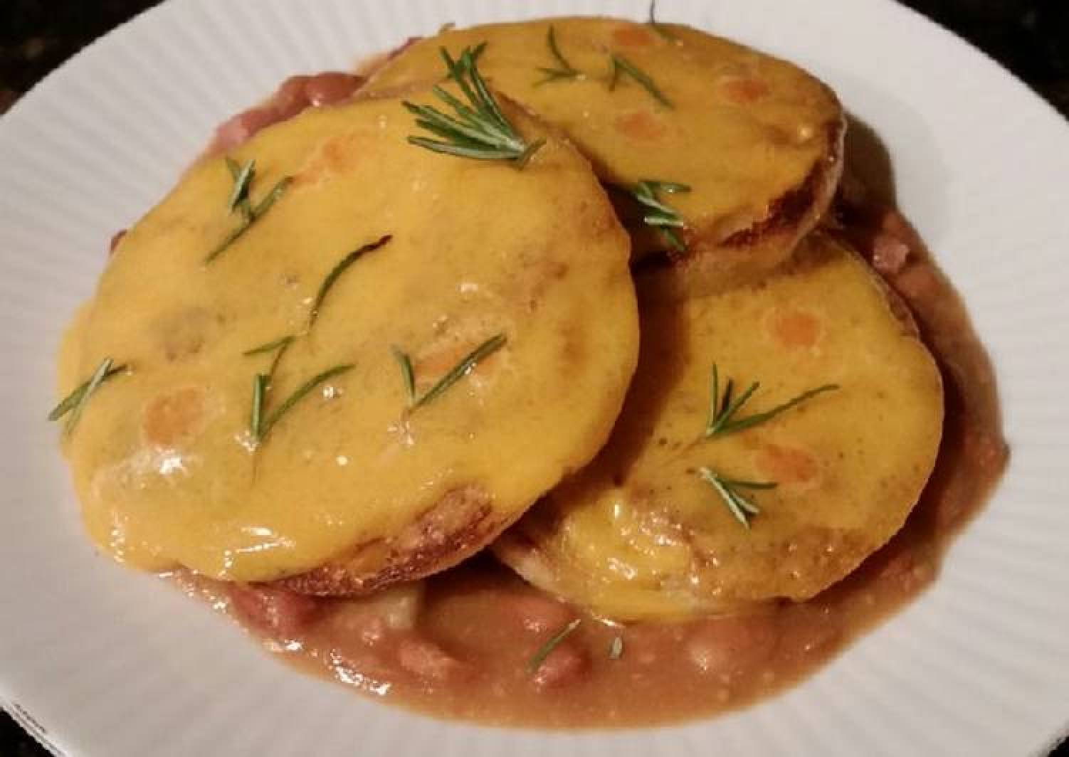 Brad's pickled ham & bean soup w/ cheesey English muffins