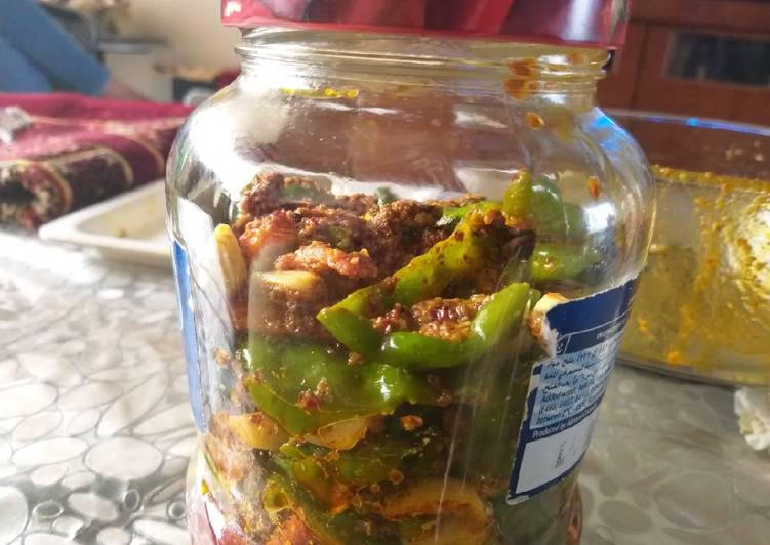 Green chilli garlic carrot achar