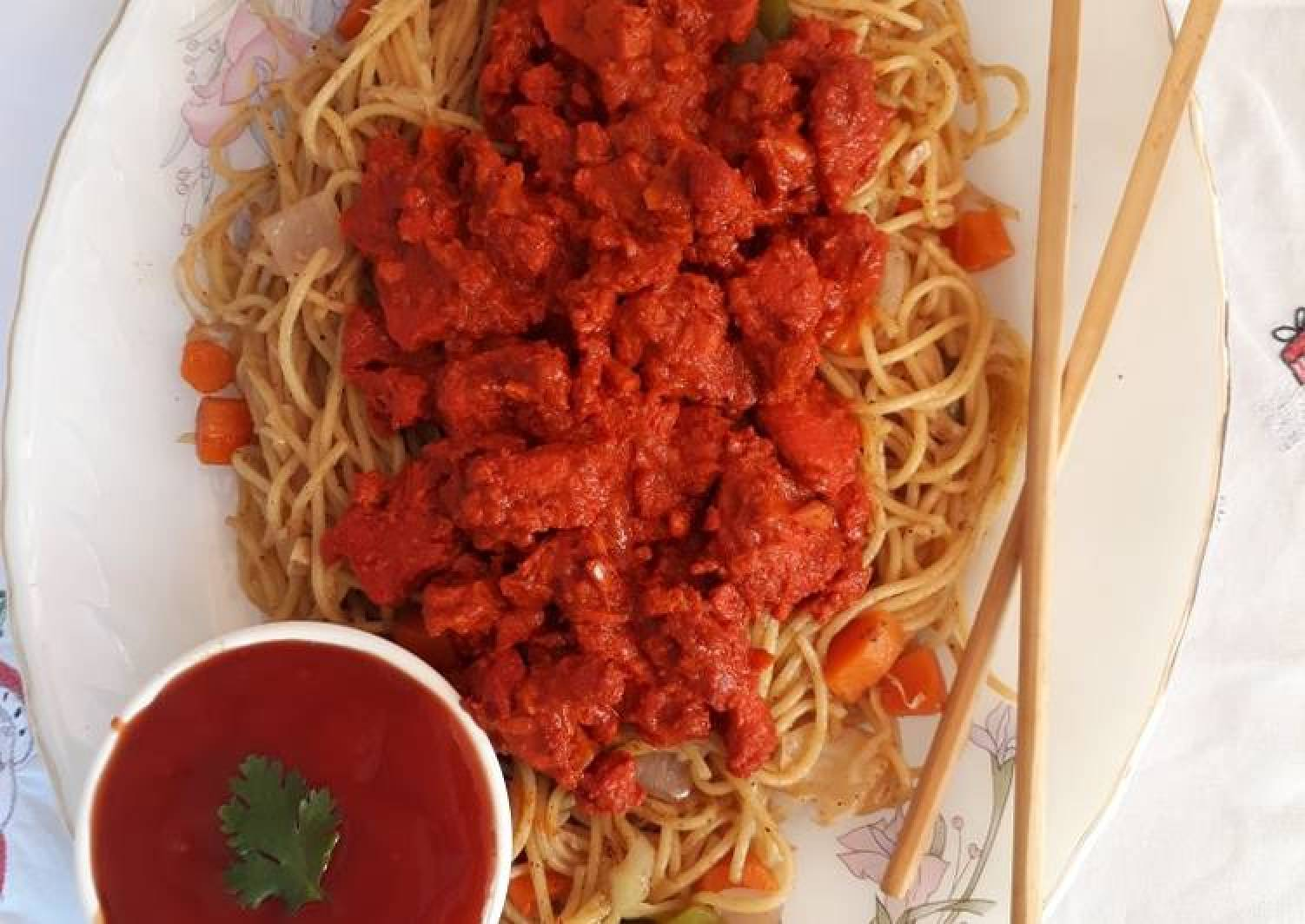 Tandoori Chicken and Vegetables Spaghetti