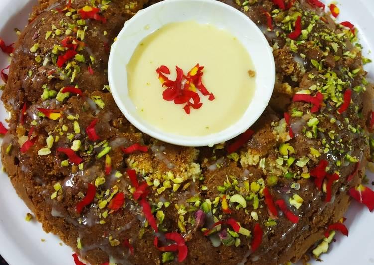 Pistachio dry fruit rose cake
