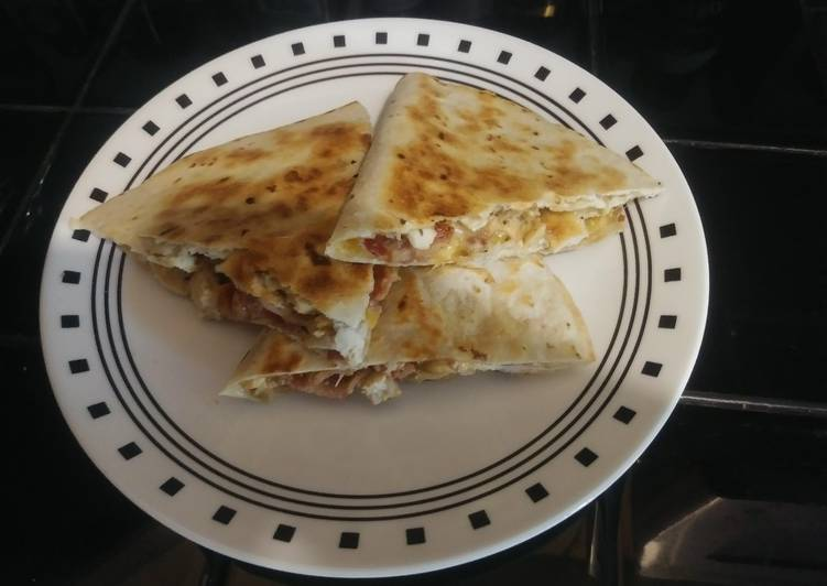 How to Make Perfect Chicken Bacon Ranch Quesadilla