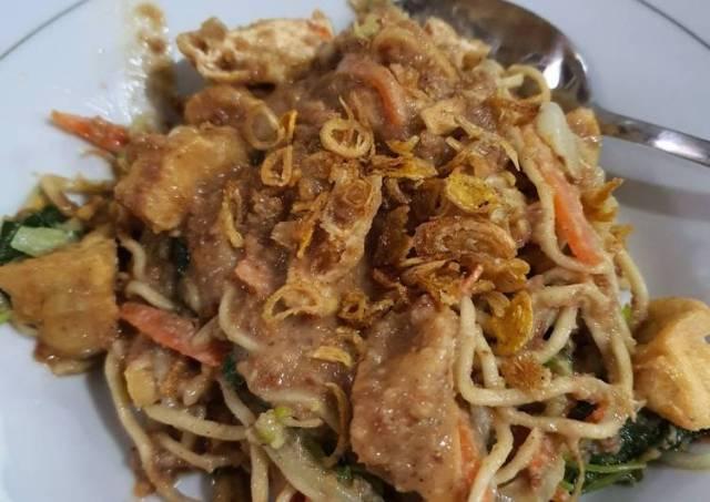 Lotek Padang