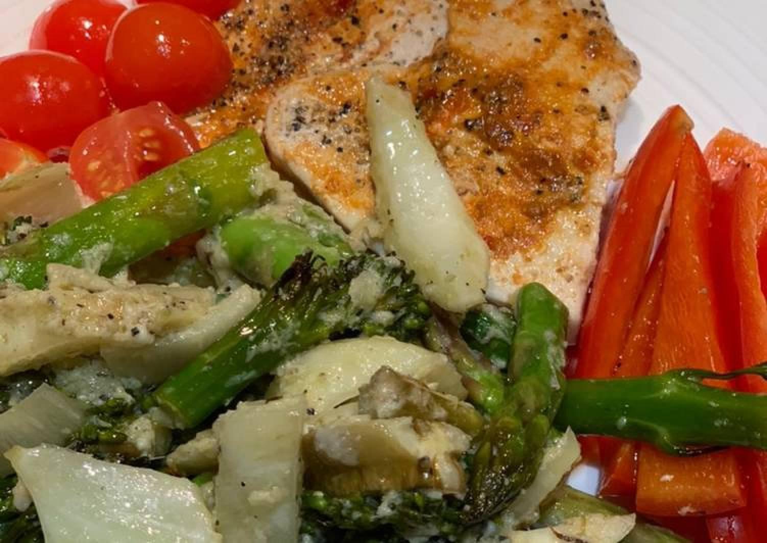 Harissa turkey steaks with fennel/broccoli/asparagus and lemon-pecorino sauce for Jamo