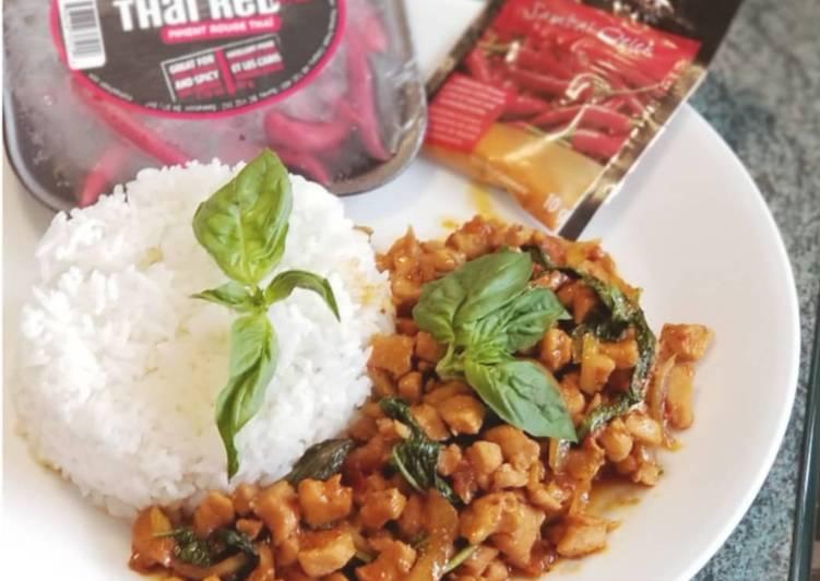 Pad Gaprao Gai Spicy Thai Basil Chicken