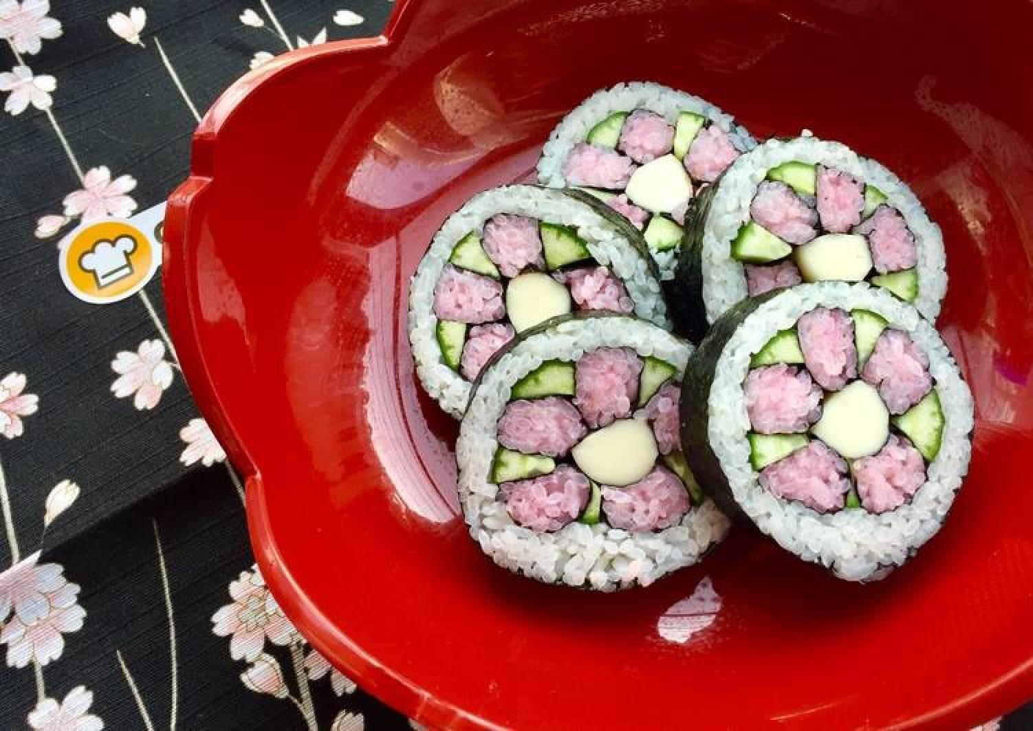 Kawaii Sushi Roll