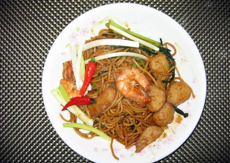 Stir Fry Noodle In Dark Sauce / Hokkien Mee