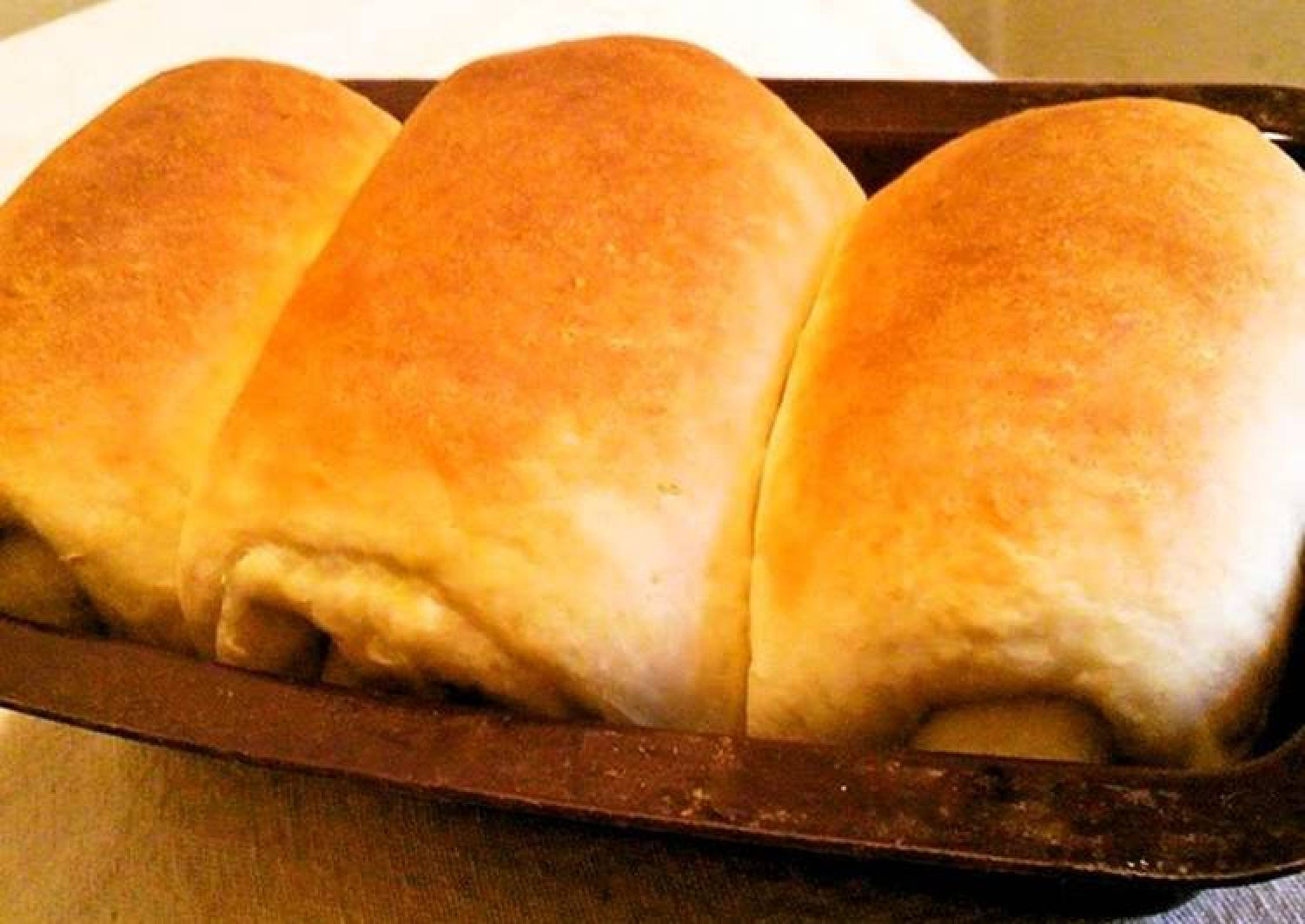 Easy Homemade Bread Loaf Made in a 100 Yen Poundcake Pan