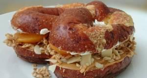 Peanut Butter And Cream Chesse Pretzel Sandwich
