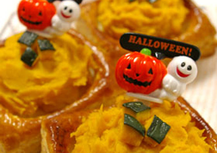 Crunchy Kabocha Squash Pie for Halloween
