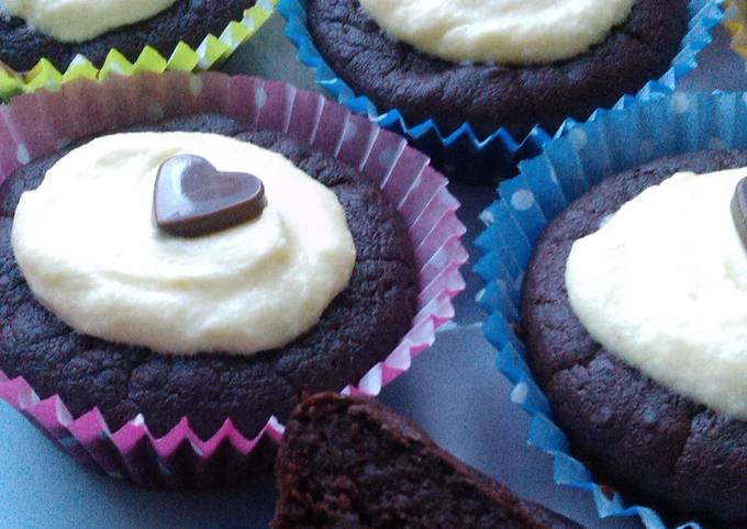 Vickys Red Velvet Cupcakes with Beetroot, GF DF EF SF NF