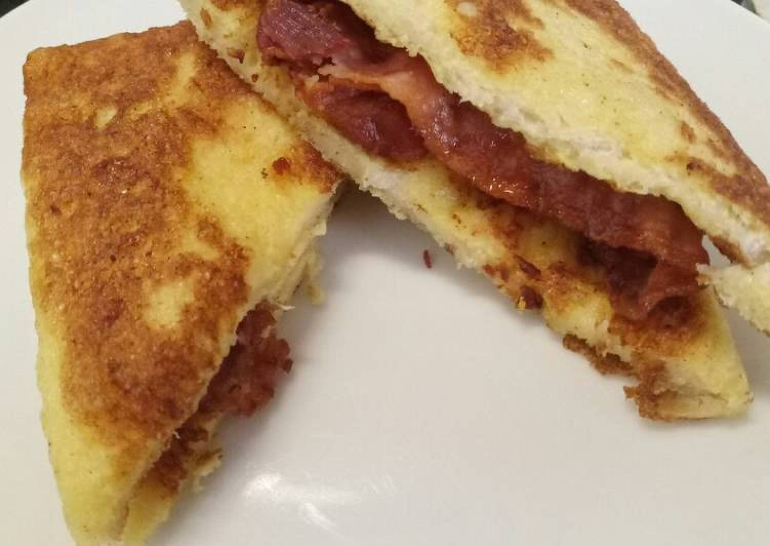 French toast and bacon breakfast