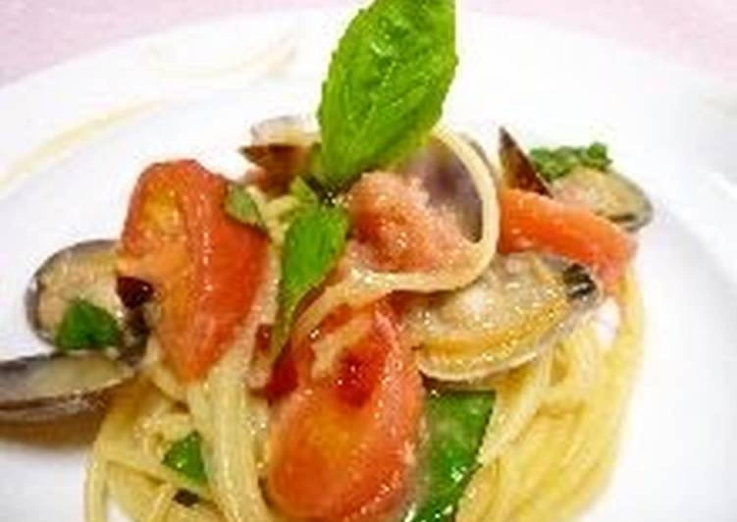 Chilled Pasta alle Vongole with Tarako