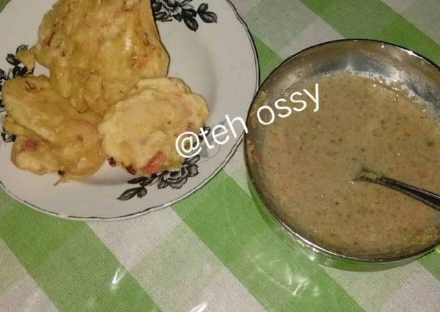 Goreng bakwan sambel kacang