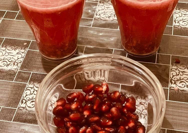 Pomegranate smoothie