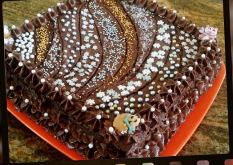 Whosayna's Fererro Rocher Cake