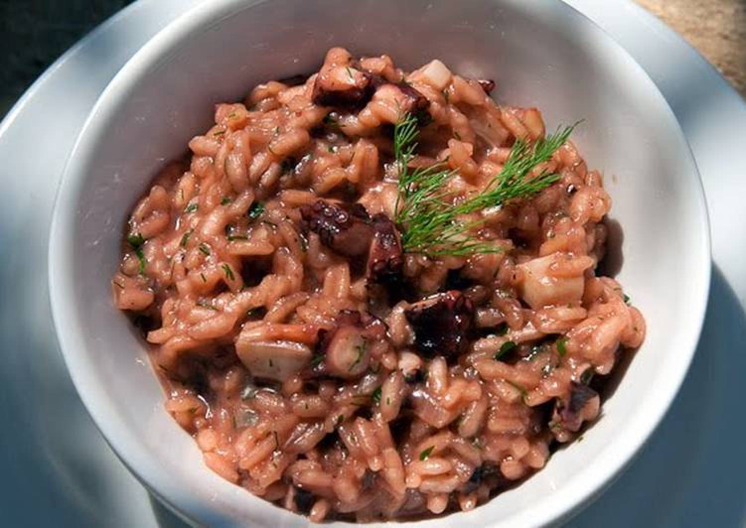 pulpo arroz (octopus rice)