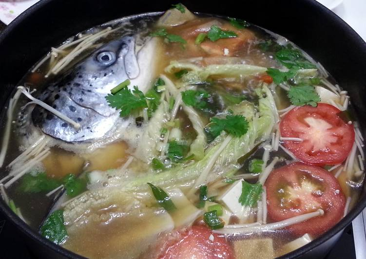 Salmon Hotpot in Chinese Herbal Soup