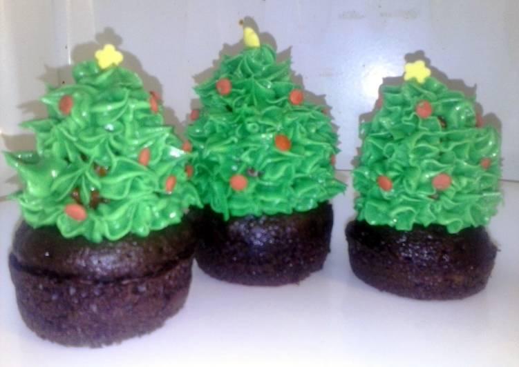 Recipe of Speedy Christmas tree Mini cupcakes