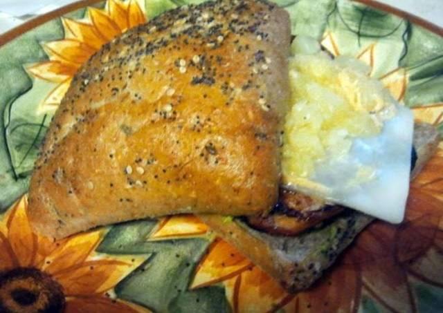 Alora's Sweet and Spicy Chicken Sandwich