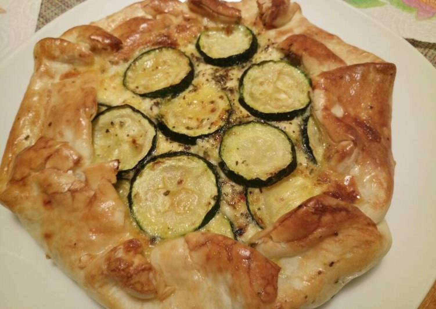 Zucchine, feta and sun dried tomato pie