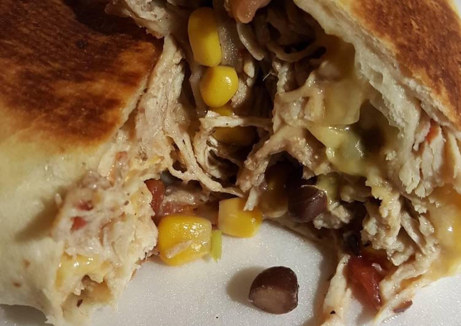 Cara's  Slow cooker Chicken Burritos