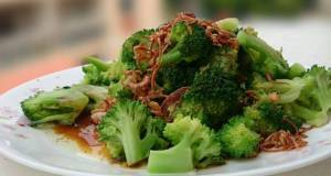 Broccoli with Soy Sauce and Shallot Oil