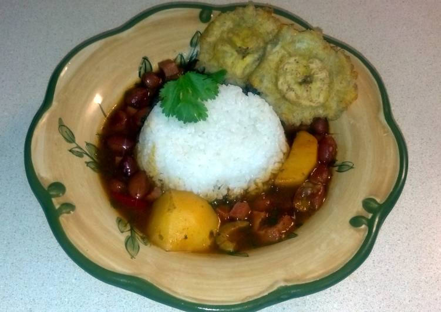 Puerto Rican Rice & Pink Beans