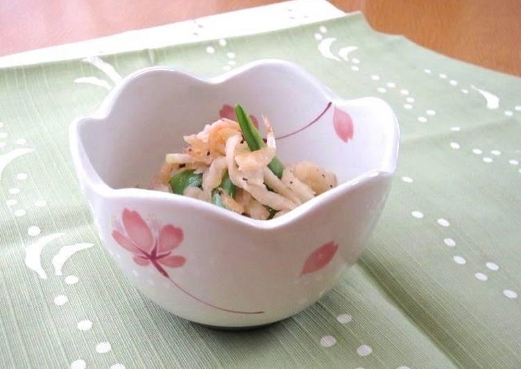 Steps to Make Super Quick Homemade Stir Fried Kiriboshi Daikon with Snow Peas and Sakura Shrimp