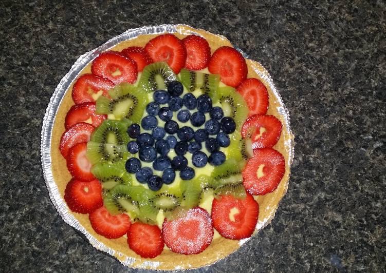 Lemon fruit pie