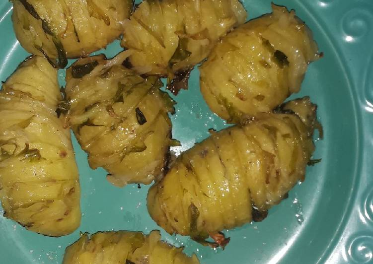 Baked potatoes with cabbage