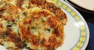 Chewy Daikon Mochi Made in a Frying Pan