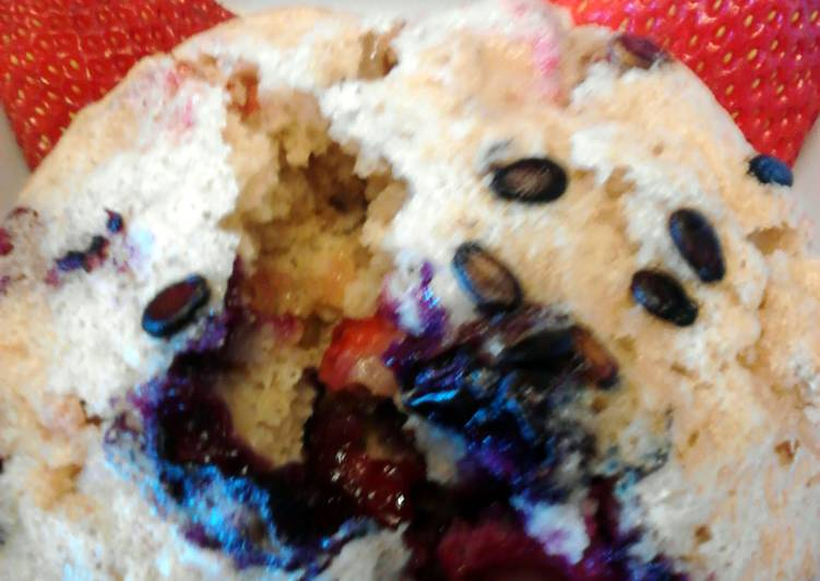 Hearty Fruit Salad Muffins