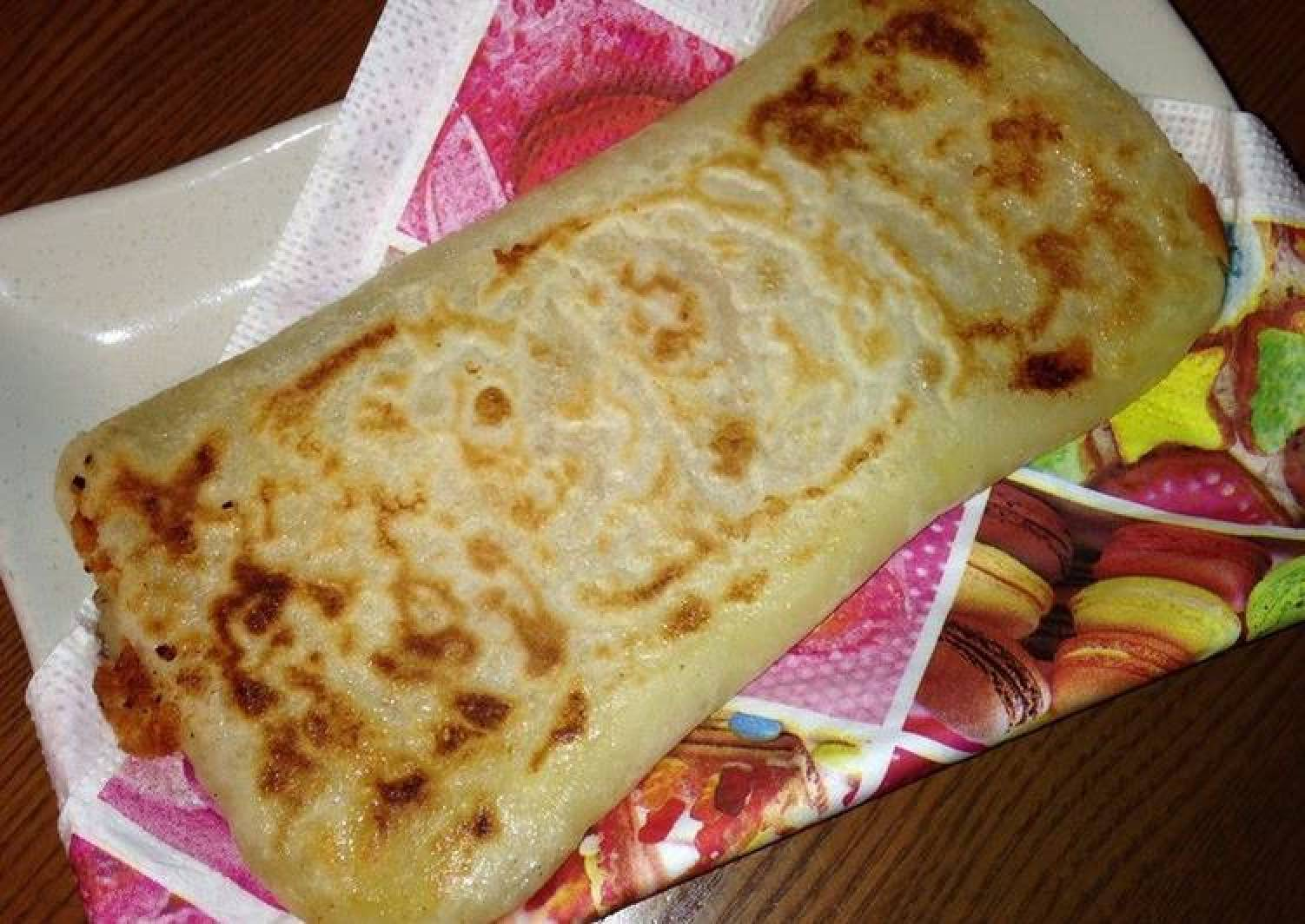 For Breakfast or a Snack Chewy Ham and Cheese Burritos