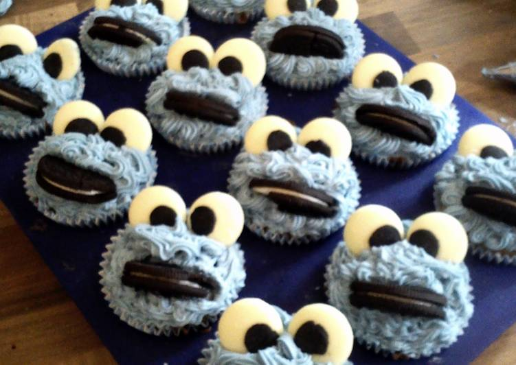 Simple Way to Make Homemade cookie monster cupcakes