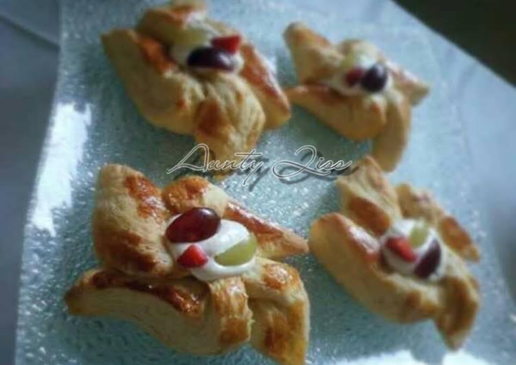 Danish Pastry with Greek Yoghurt pastry cream