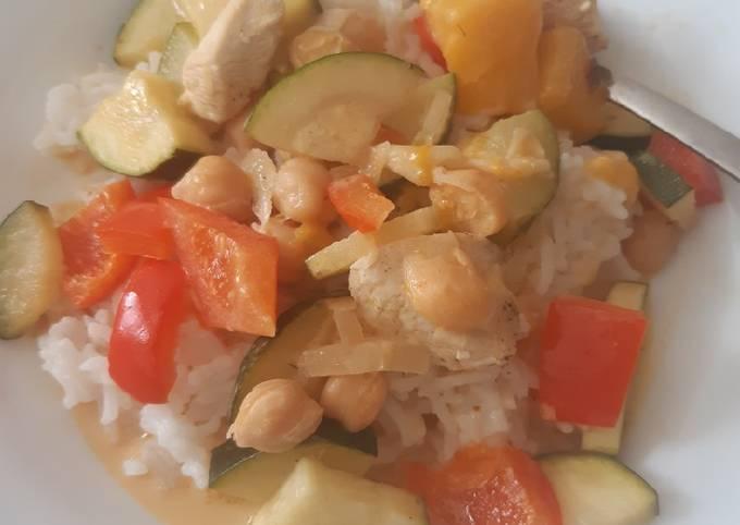 Der einfache Weg Um Superschnelle Hausgemachte Hähnchen-Curry mit Mango zuzubereiten