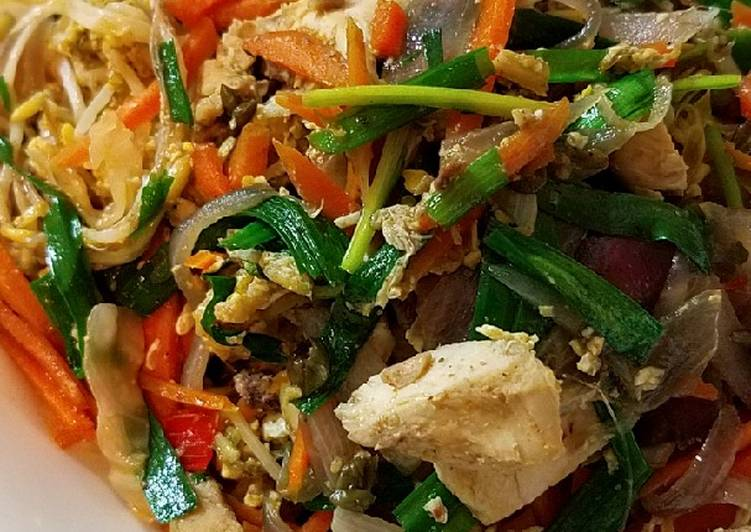 Sugar free Pad Thai with brown rice noodle