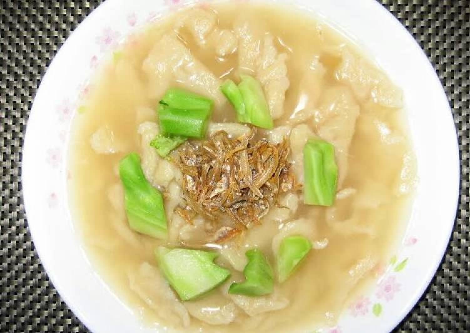 CHINESE DUMPLING SOUP (MEE HUN KUEH)