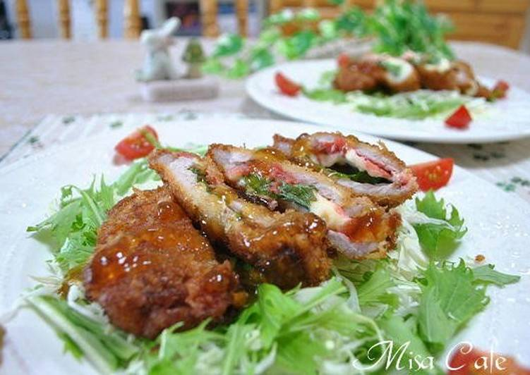Recipe of Ultimate Umeboshi, Shiso Leaves, and Cheese Pork Cutlets