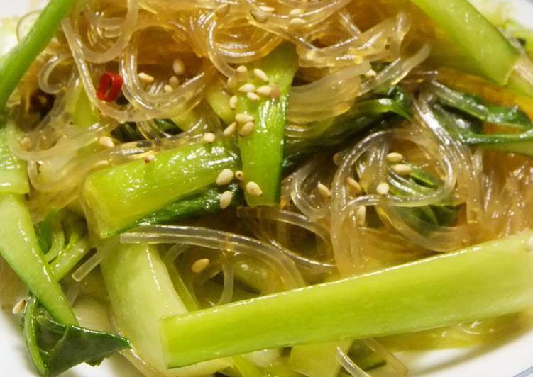 Fragrant with Sesame Seeds Stir-fried Bok Choy and Cellophane Noodles with Oyster Sauce