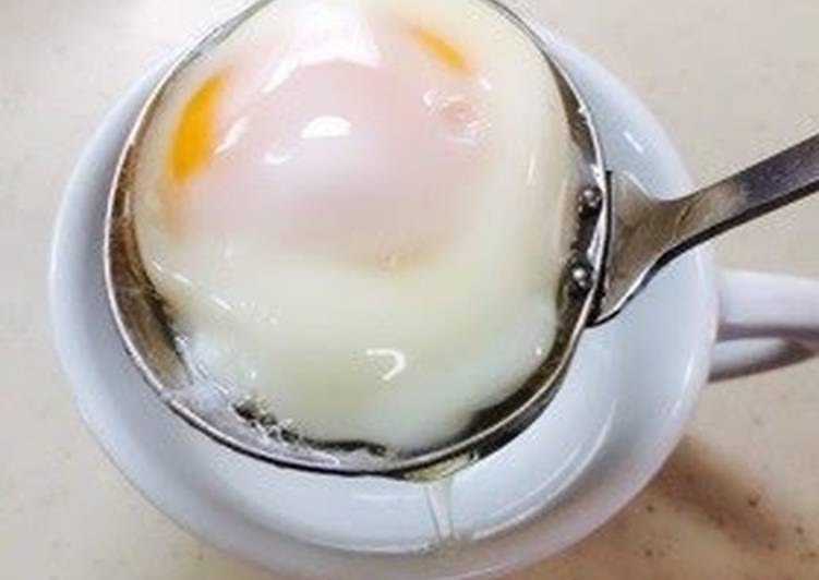 easy poached eggs in the microwave