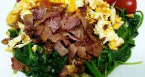 LG CRISPY BACON AND EGGS ON SPINACH